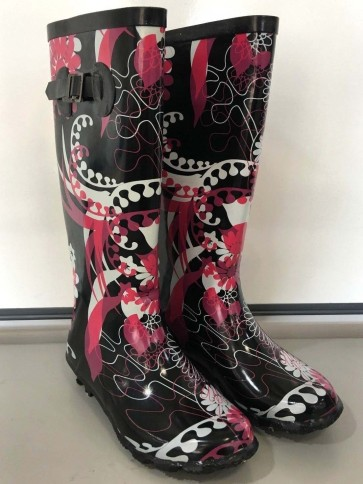 Black Mango Printed Welly